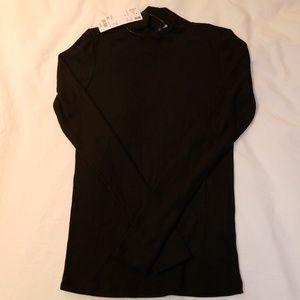 Uniqlo mock neck ribbed shirt